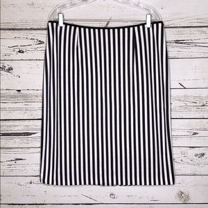 Russell Kemp NWT 14 Blk White Striped Pencil Skirt
